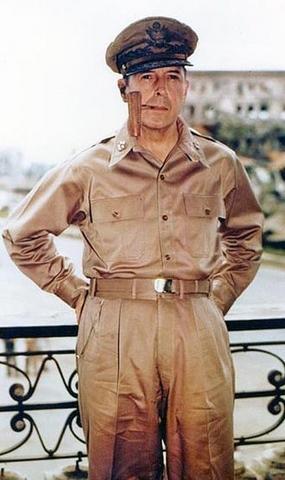 Vị tướng đã xuất quân là thắng trong hai cuộc thế chiến - 1