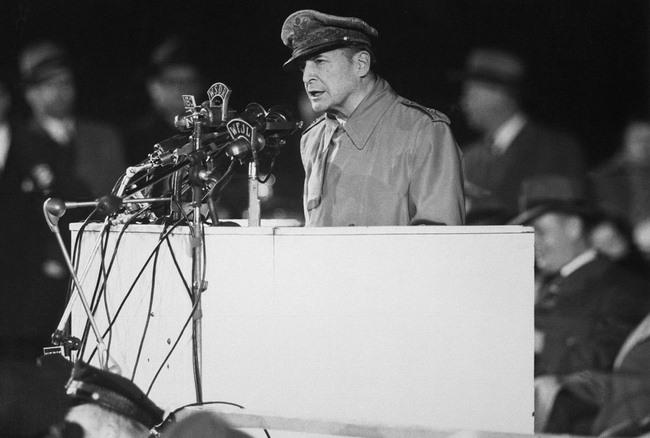 Vị tướng đã xuất quân là thắng trong hai cuộc thế chiến - 7