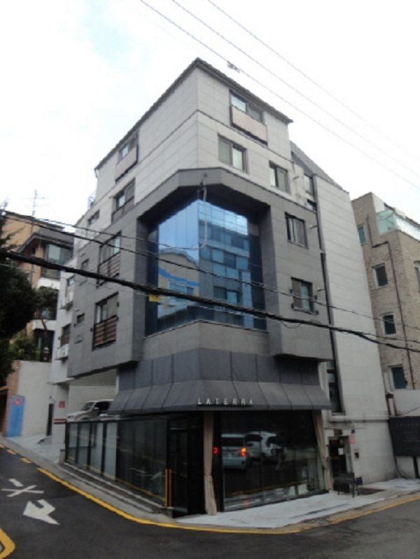Bạn gái Lee Min Ho sống trong biệt thự 60 tỷ - 10