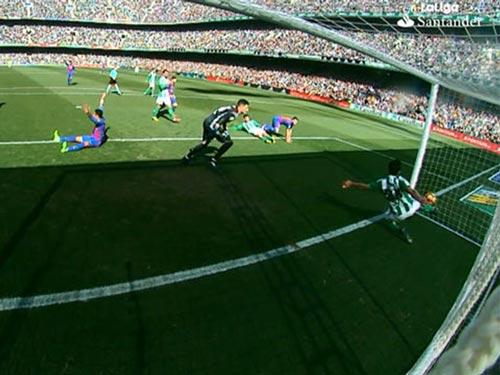 Thuyết âm mưu: Barca bị tứ phía La Liga phá hoại - 1
