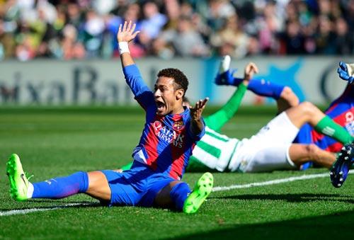 Thuyết âm mưu: Barca bị tứ phía La Liga phá hoại - 3