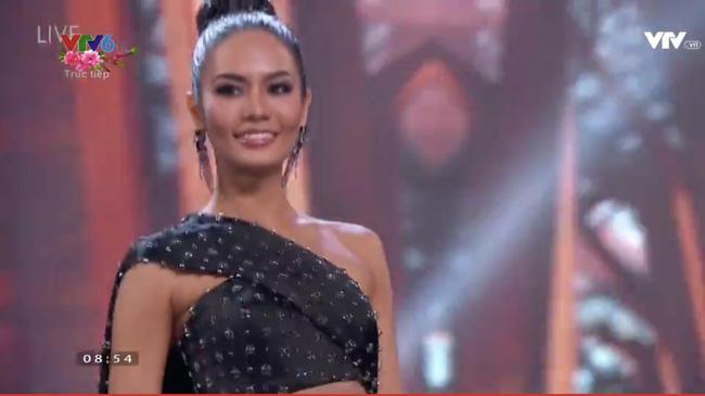 Sau 63 năm, nước Pháp lại có một nàng Hoa hậu Hoàn Vũ - 13