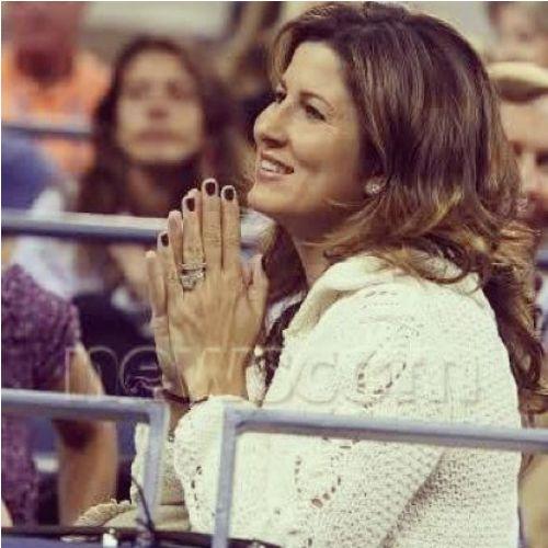 """Cuộc """"tỉ thí"""" nhan sắc 2 bóng hồng của tay vợt Federer và Nadal - 4"""