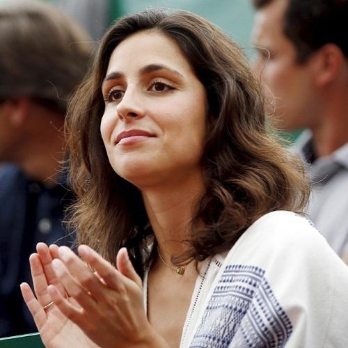 """Cuộc """"tỉ thí"""" nhan sắc 2 bóng hồng của tay vợt Federer và Nadal - 9"""