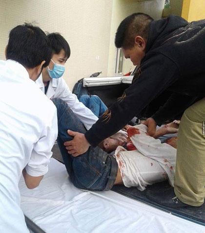 Xe đi lễ gặp tai nạn thảm khốc, 29 người thương vong - 3