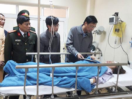 Xe đi lễ gặp tai nạn thảm khốc, 29 người thương vong - 4