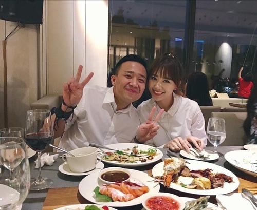 31 tuổi, vợ Trấn Thành khoe được bố chồng lì xì đầu năm mới - 1
