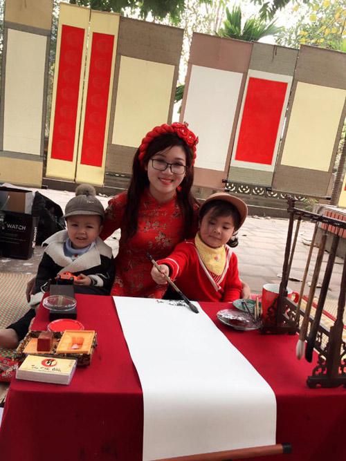 """Tiết lộ về """"cô đồ"""" ở Bắc Giang gây bão mạng vì quá xinh đẹp - 3"""