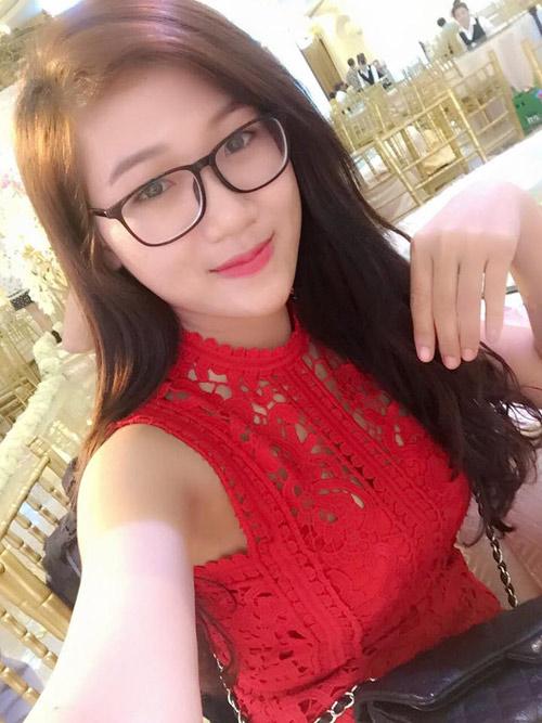 """Tiết lộ về """"cô đồ"""" ở Bắc Giang gây bão mạng vì quá xinh đẹp - 5"""
