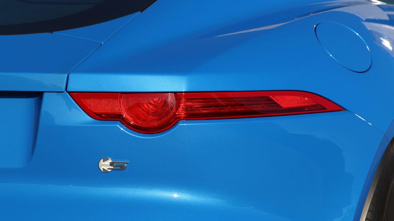Đánh giá xe Jaguar F-Type coupe 2017 - 6