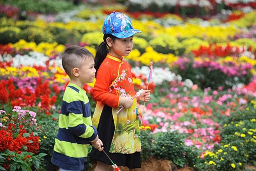 Tận thấy hội hoa xuân lớn nhất miền Bắc ngày đầu năm - 3