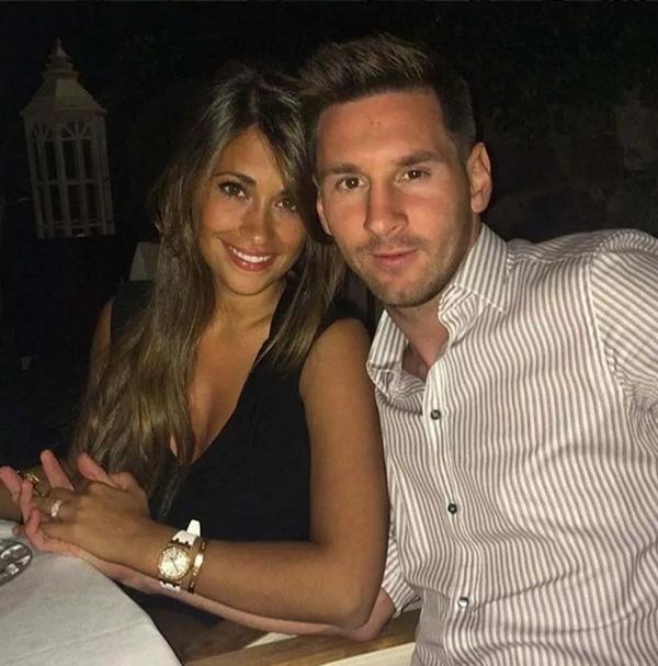 """""""So găng"""" 2 mỹ nhân khiến Messi - Ronaldo mê đắm - 2"""