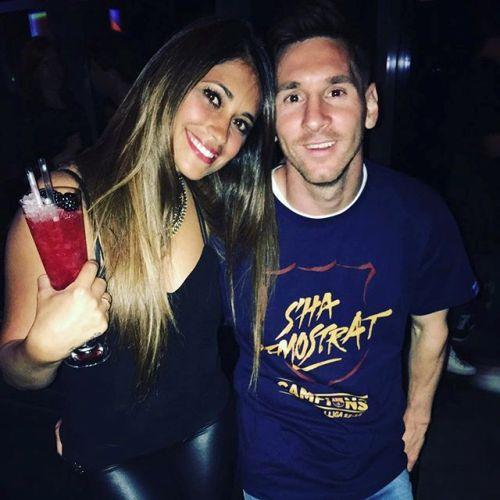 """""""So găng"""" 2 mỹ nhân khiến Messi - Ronaldo mê đắm - 15"""