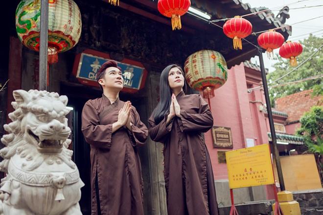 Ngắm giai nhân, soái ca Vbiz du xuân, lễ chùa đầu năm - 5