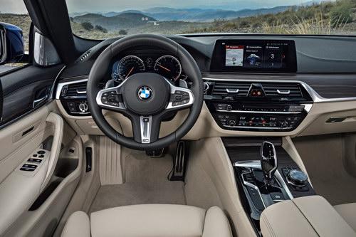 BMW 5-Series Touring hoàn toàn mới ra mắt - 4
