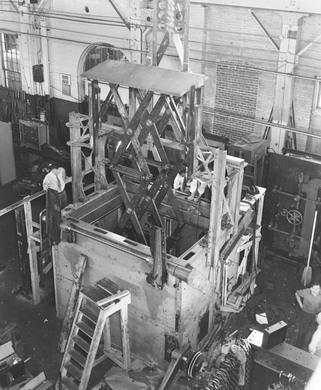"""Căn hầm chống bom nguyên tử cất giữ """"giá trị Mỹ"""" - 4"""
