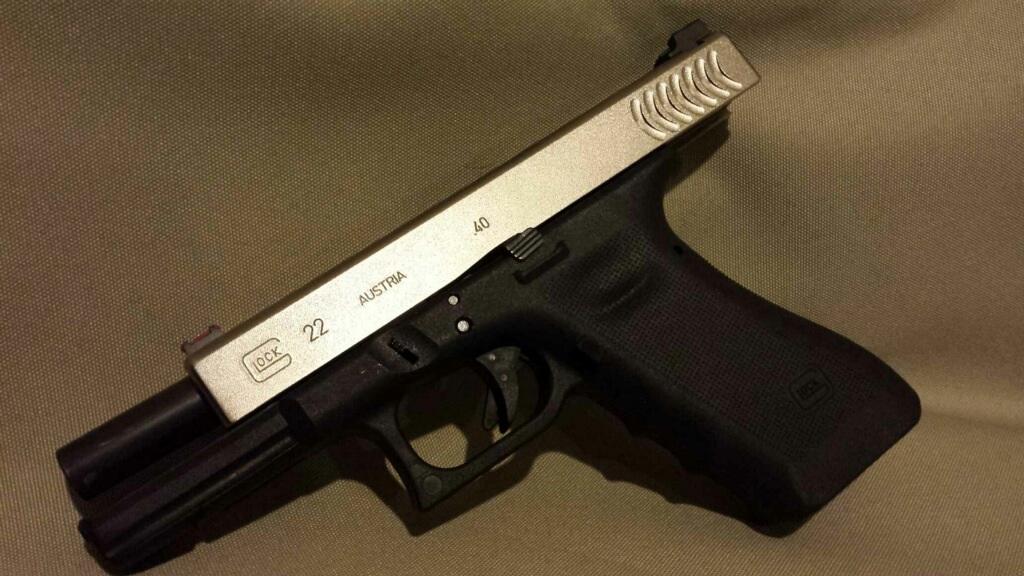 Uy lực khẩu súng lục Glock ưa chuộng nhất thế giới - 4