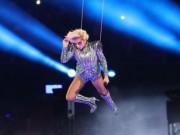 Toát mồ hôi với sân khấu trên không siêu đỉnh của Lady Gaga