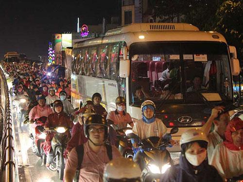 Giải pháp táo bạo gỡ kẹt xe Tân Sơn Nhất - 1