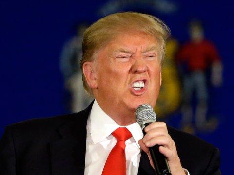 """Trump bị báo chí """"chơi xỏ"""" về lệnh cấm nhập cư? - 1"""
