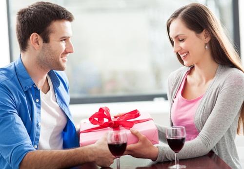 Bí kíp hẹn hò Lễ tình nhân cho các cặp mới yêu - 1