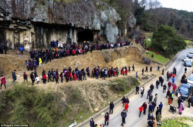 Trung Quốc: Bức ảnh đại gia đình lên tới 500 thành viên - 3