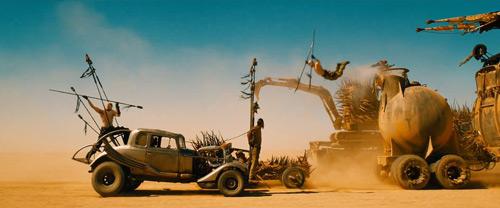 """Có gì trong bộ phim điên rồ bậc nhất của """"lão đạo diễn"""" U80 - 5"""