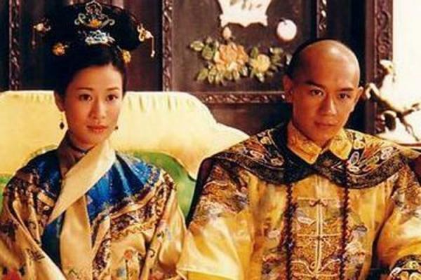 Á hậu giàu, sexy nhất Hồng Kông yêu nhiều vẫn lẻ loi - 2