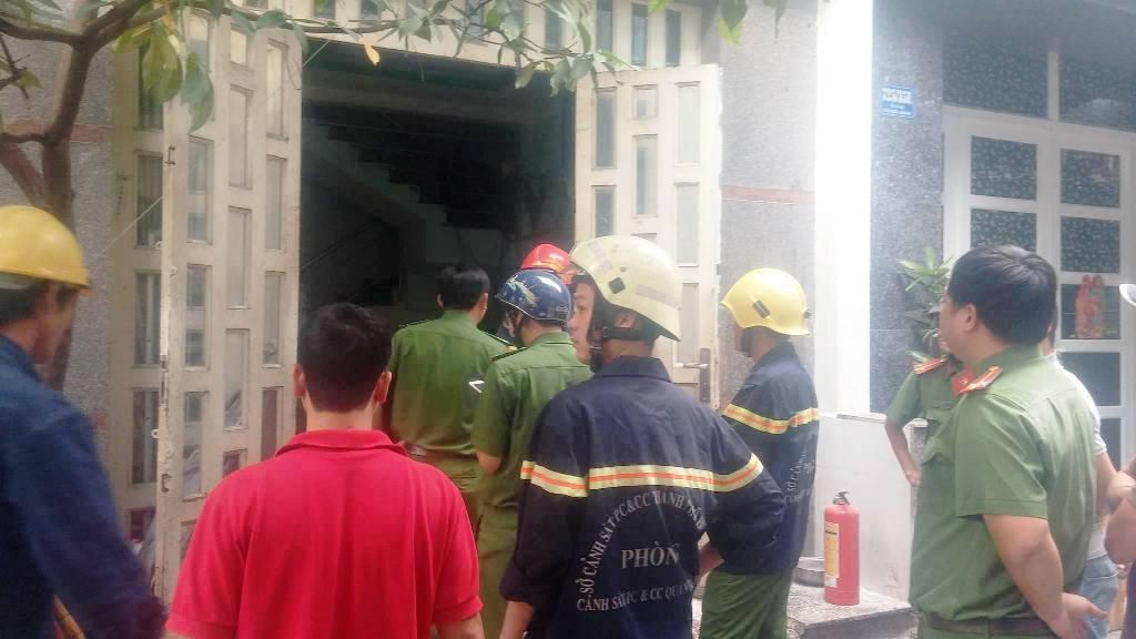TP.HCM: 3 vụ cháy xảy ra liên tiếp trong buổi sáng - 5