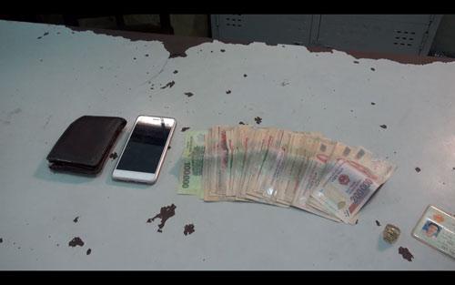 Đi cướp tiền buổi sáng, buổi chiều bị CSGT tóm gọn - 2