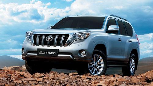 Nhiều xe Toyota và Lexus tại Việt Nam giảm giá - 1