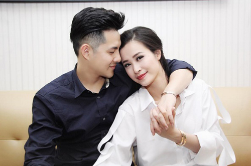 Giật mình với loạt ảnh 10 năm trước của cặp tình nhân Đông Nhi, Ông Cao Thắng - 2