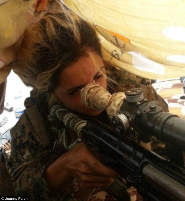 Nữ sinh bắn tỉa hạ 100 phiến quân IS bị săn lùng ráo riết - 3