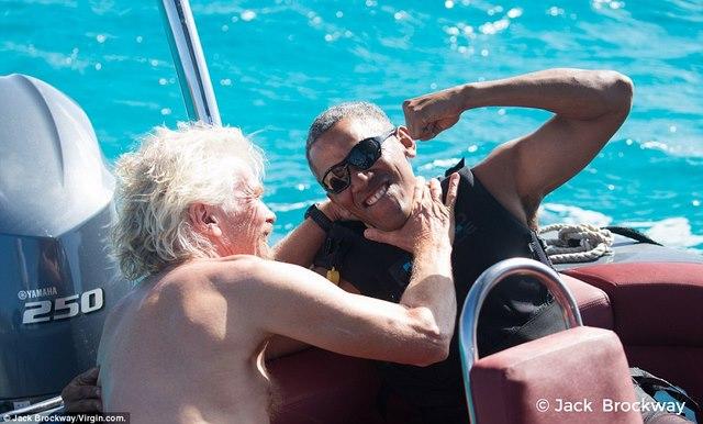 """Obama trông cực """"ngầu"""" tranh tài lướt sóng với tỉ phú Anh - 4"""