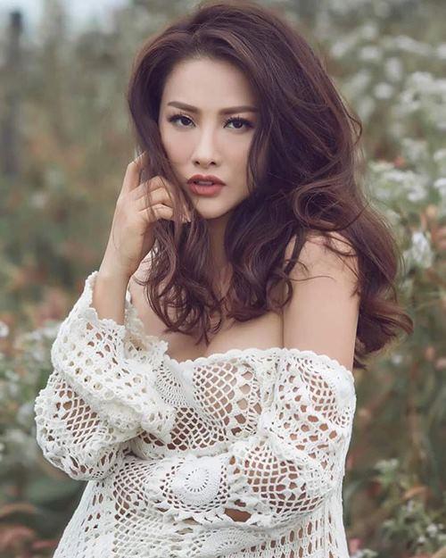 Chia tay Lương Bằng Quang, hot girl diện mốt khoe chân ngực táo bạo - 6