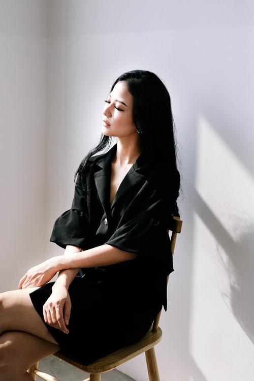 Vẻ đẹp ngây thơ như búp bê của em gái HH Trần Thị Quỳnh - 7