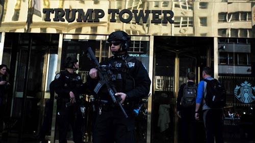 Lầu Năm Góc có thể phải trả tiền cho Trump để thuê nhà - 1