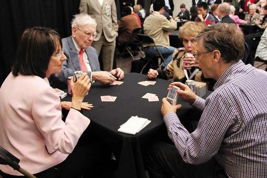 """Bill Gates – Warren Buffett và bài học """"giàu vì bạn"""" - 2"""
