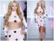 """Paris Hilton """"đốt mắt"""" người nhìn với style phô chân ngực"""