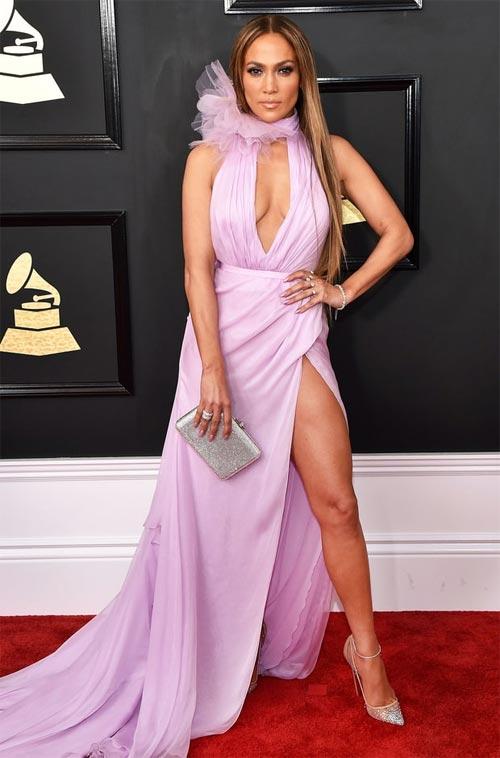 """Váy áo thảm họa """"tung hoành"""" thảm đỏ Grammy 2017 - 2"""