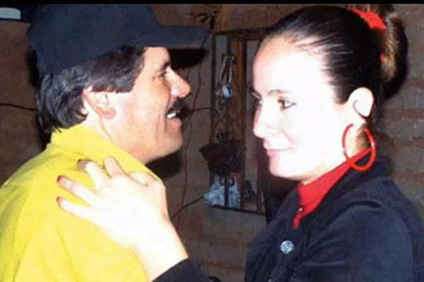 Những người đẹp trong đời trùm ma túy Mexico Chuột chũi - 3