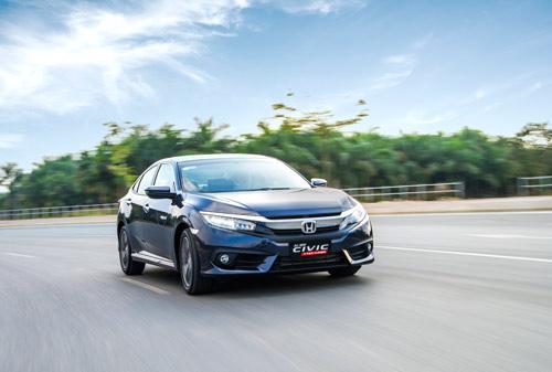 Honda Civic đạt doanh số bán ấn tượng trong tháng đầu tiên bán hàng - 4