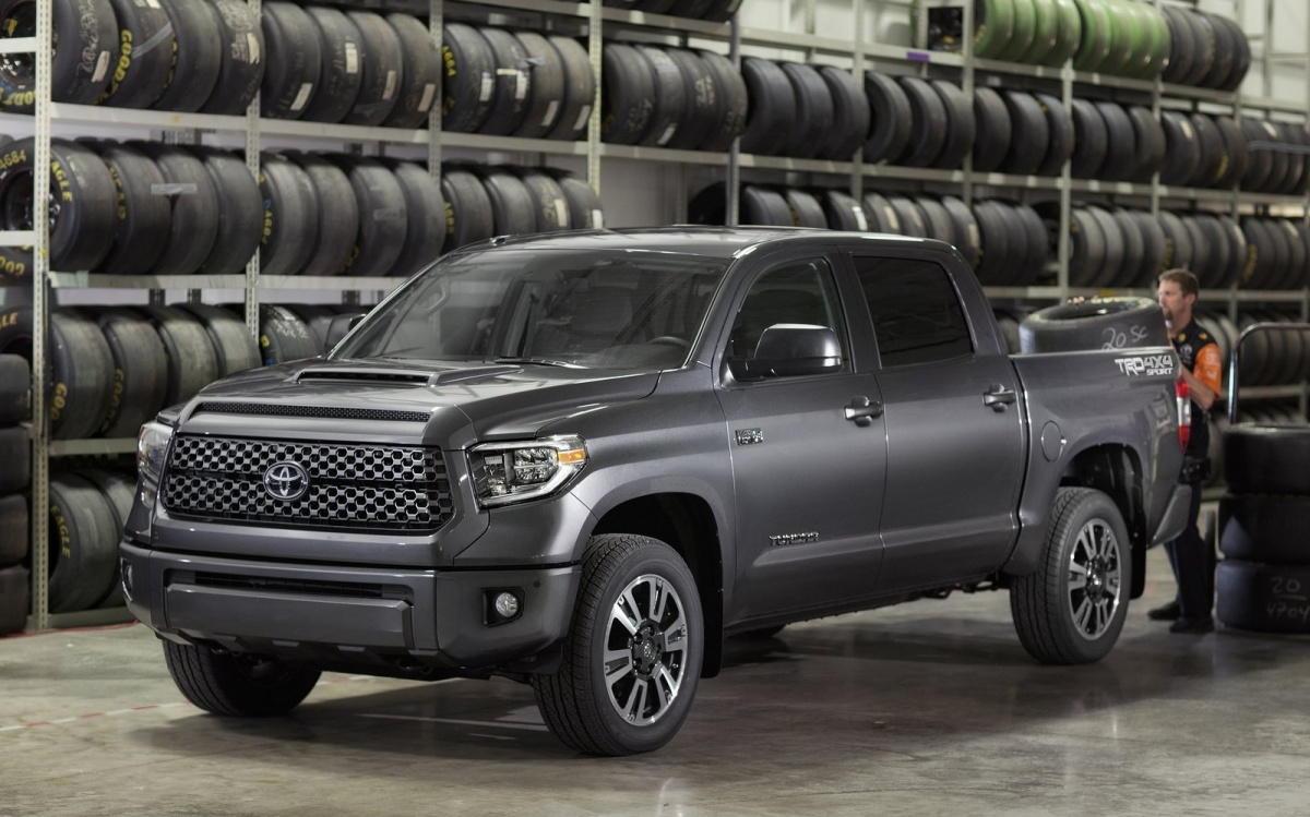 Ngắm các biến thể Toyota Tundra và Sequoia TRD Sport 2018 - 1