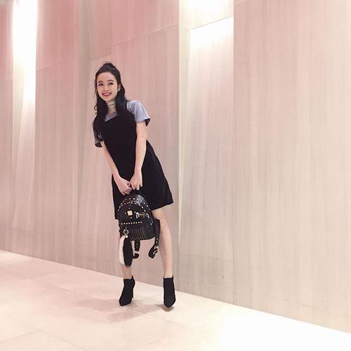 Hoàng Thùy Linh mặc style lạ, lăng xê mốt quần lưới hở eo - 7
