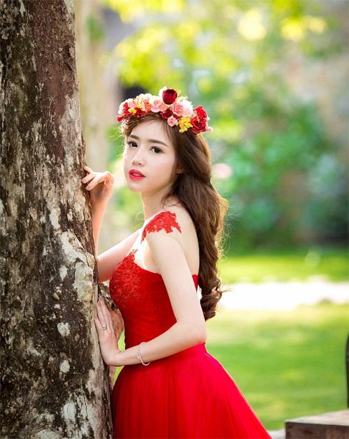 Elly Trần mặc soiree cúp ngực gợi cảm, chuẩn bị cưới chồng? - 5