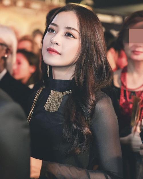 """5 hot girl cực xinh, siêu giàu vẫn """"lẻ bóng"""" Valentine - 1"""
