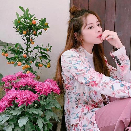 """5 hot girl cực xinh, siêu giàu vẫn """"lẻ bóng"""" Valentine - 3"""