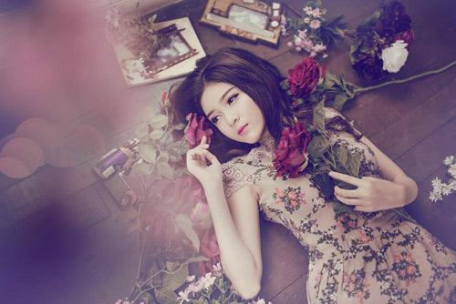 """5 hot girl cực xinh, siêu giàu vẫn """"lẻ bóng"""" Valentine - 11"""