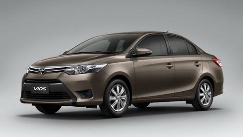 10 mẫu xe bán chạy nhất Việt Nam tháng 1/2017 - 10