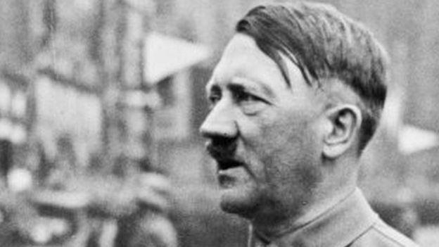 Áo: Bắt giữ người đàn ông giống y xì Hitler - 2